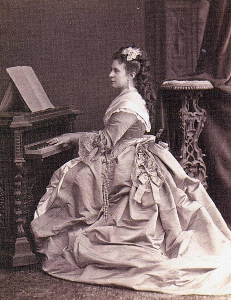 Великая княгиня Александра Иосифовна.